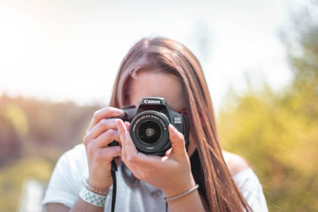 How to make money with photography with ClickASnap, the best get paid sites
