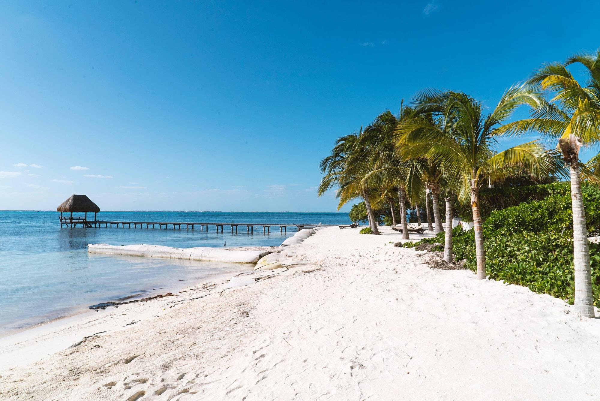 Valentine's Day getaways Cancun