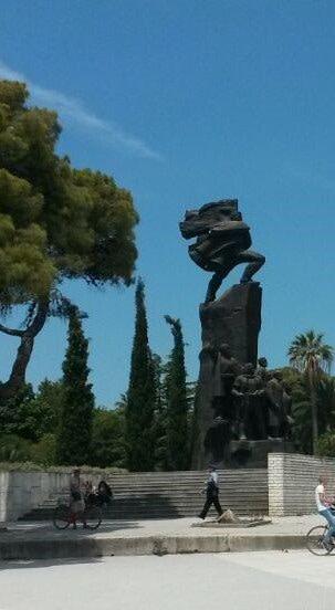 vlora monument