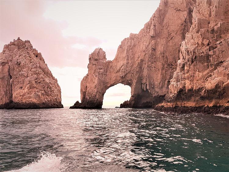 Valentine's Day getaways Los Cabos
